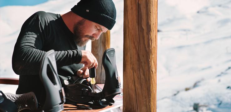 Come regolare gli attacchi snowboard